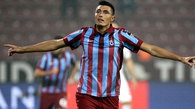 Oscar Cardozo Olympiacos yolunda!