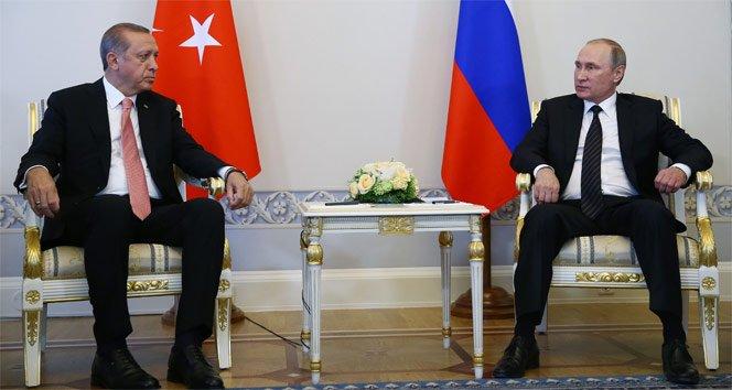 Erdoğan, Putin ile telefonda görüştü!