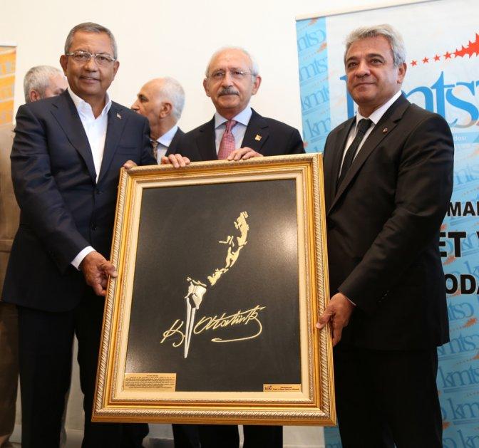 Kılıçdaroğlu, Kahramanmaraşlı işadamlarıyla bir araya geldi