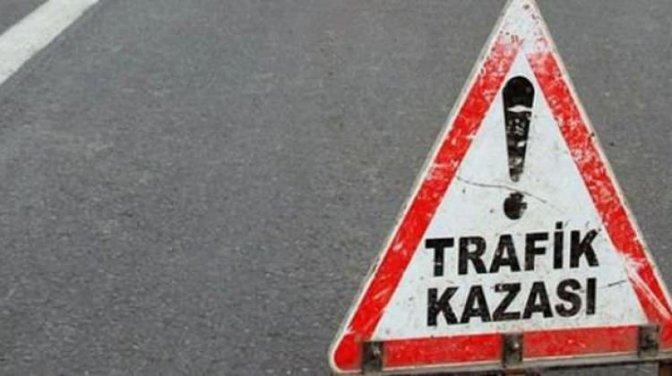 Kamyon ile minibüsün çarpışması sonucu 8 Kişi öldü, 5 Kişi yaralandı.