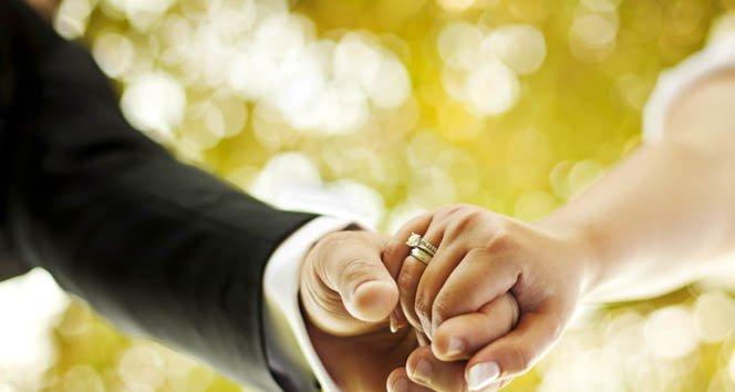 Evlilikte mutlu olmanın 4 sırrı!
