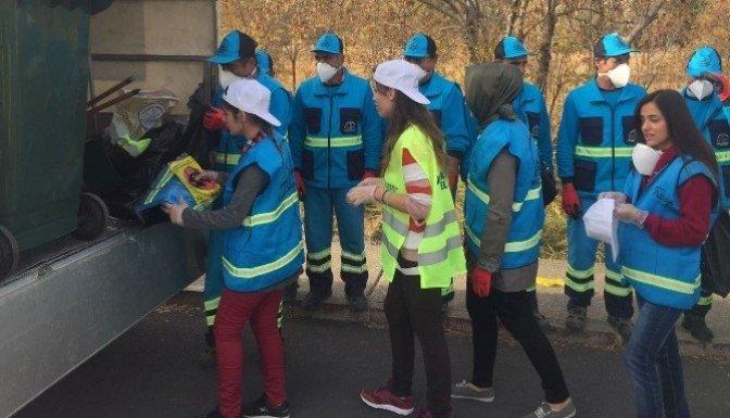 Dulkadiroğlu Belediyesi Öğrencilerle temizlik yaptı