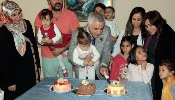 Prof. Dr. Satar: Türkiye'de doğan bebeklerin 130 bini prematüre!