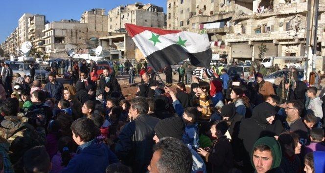 Halep'te tahliyeler durdu!