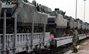 Kocaeli'den sınıra askeri zırhlı araç sevkiyatı sürüyor!