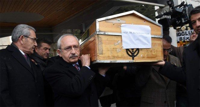 Kılıçdaroğlu tabutu omuzladı!