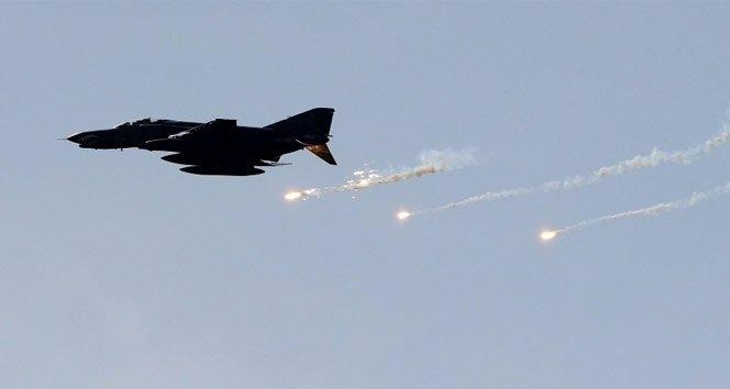TSK: PKK'ya ait 12 hedef imha edildi!