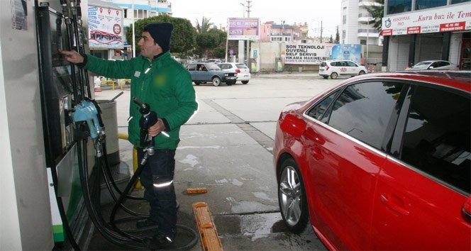 Polisin aradığı araç benzin bile alamayacak!