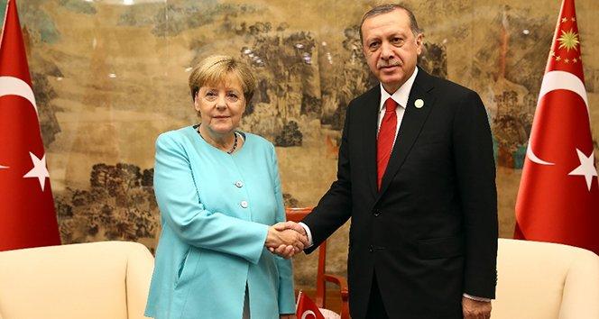 Cumhurbaşkanı Erdoğan, Şansölye Merkel'i kabul etti!