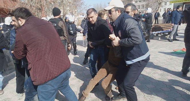 Malatya'da izinsiz gösteri gerginliği!