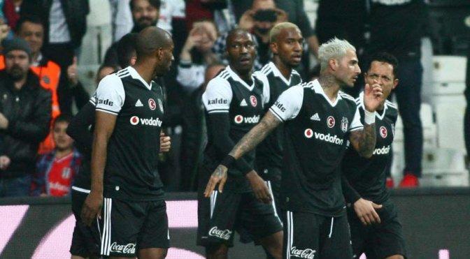 Fikstür avantajı Beşiktaş'tan yana!