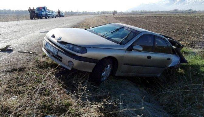 Elbistan'da Trafik Kazası: 5 Yaralı!