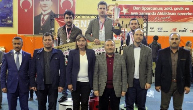 5 Nisan Uluslararası Santraç Turnuvasında Ödüller Dağıtıldı