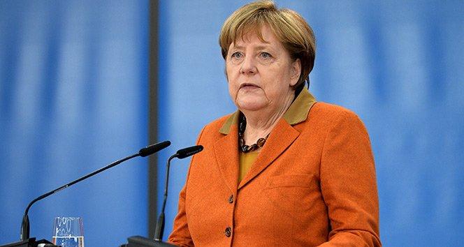 Merkel'den flaş Türkiye açıklaması!