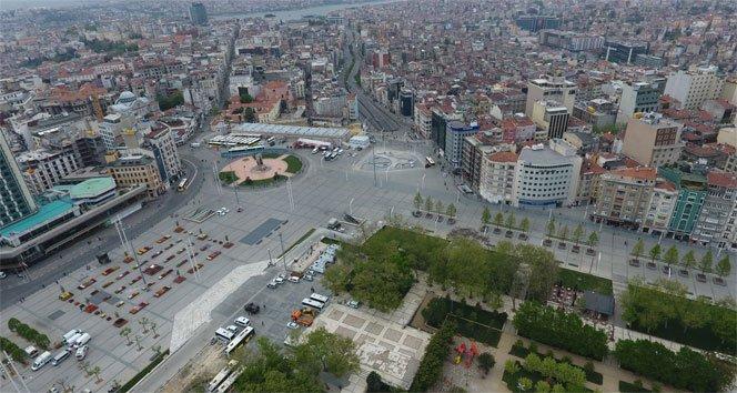 Taksim'de sessiz 1 Mayıs
