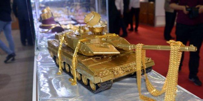 15 Temmuz'un Altın Tankı Görücüye Çıktı