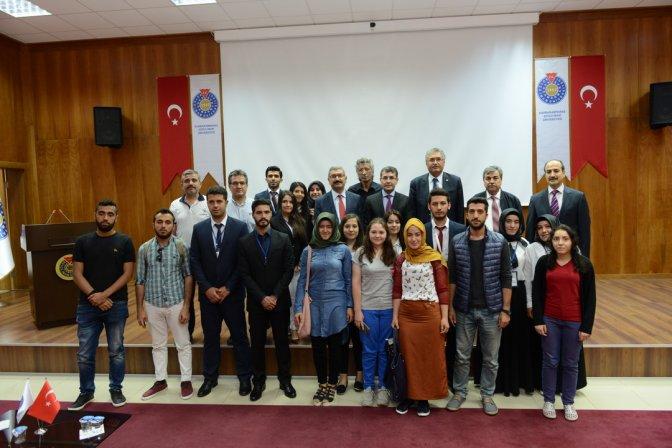 Prof. Dr. Kılıç, Cumhurbaşkanlığı Sistemini Anlattı
