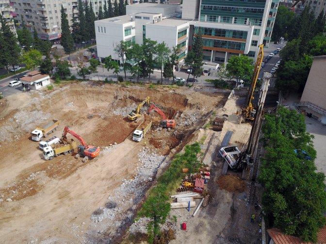 Milli İrade Meydanı ve Otopark İnşaatı Başladı