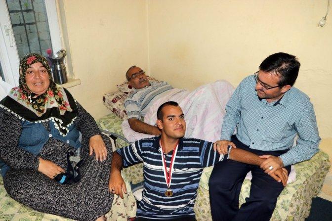 Kambur Ailesi Yardım Bekliyor