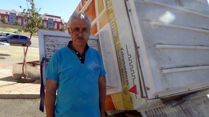 Kahramanmaraş'ta Şiddetli Poyraz Ekmek Büfesini Uçurdu