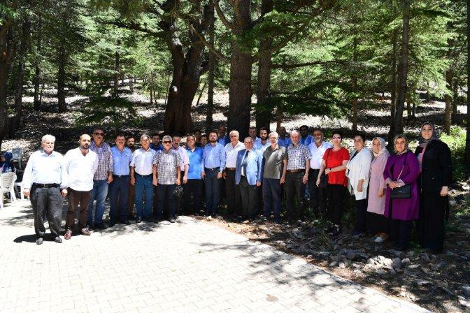 Onikişubat Belediye Meclisi Yavşan Yaylası'nda toplandı