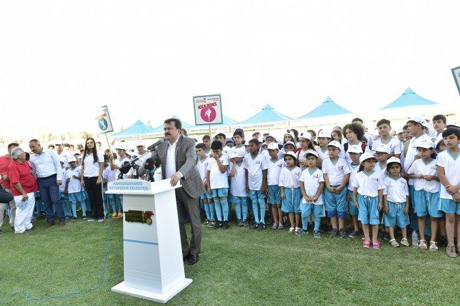 Yaz Spor Okulu'nun 14.'sü törenle açıldı