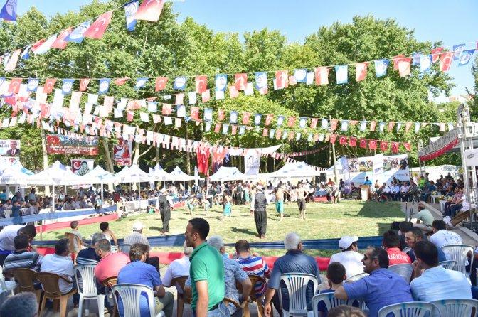 Er Meydanı Dulkadiroğlu'nda Dereköy'e kuruldu!