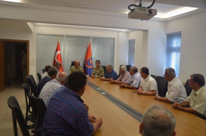 Muhtarlar İl Jandarma Komutanı'nı ziyaret etti