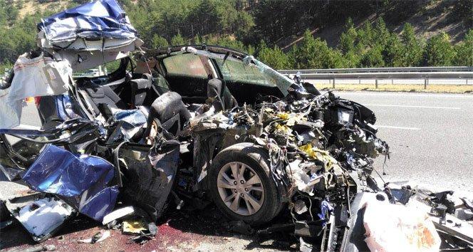 Düğün yolunda kaza: 5 ölü!