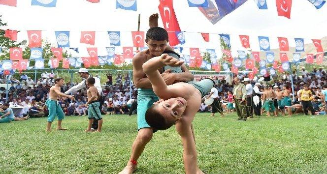 Dulkadiroğlu'ndan Güreş Festivali