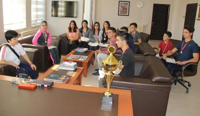 Wushu Turnuvasında Takım Birinciliği Geldi