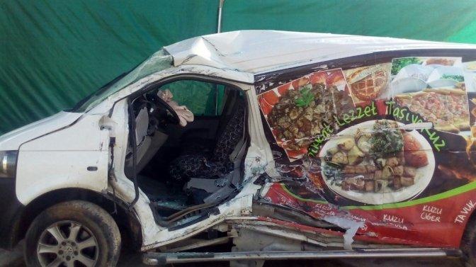 Kahramanmaraş'ta Trafik Kazası: 2 Ölü, 6 Yaralı