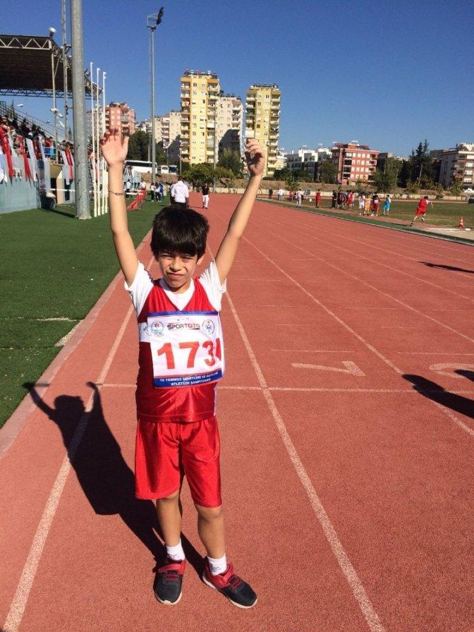 Otizmli Kubilay altın madalya kazandı