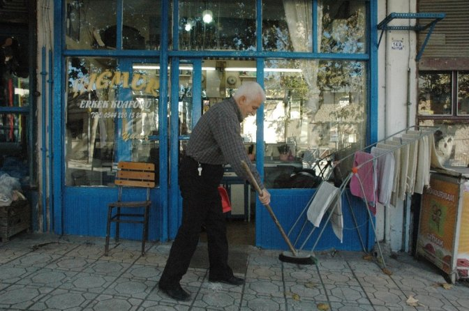 3 Metrekare dükkana 35 Yılını sığdırdı