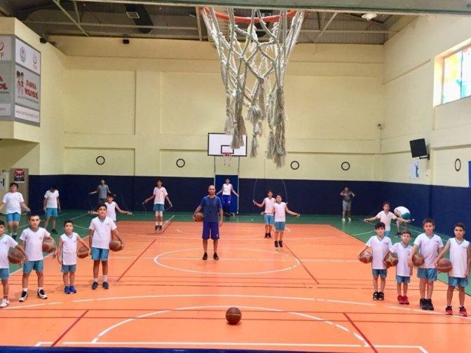 Büyükşehir belediye sporcu yetiştirmeye devam ediyor