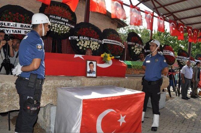 Şehit polis ve babaannesi son yolculuğa uğurlandı