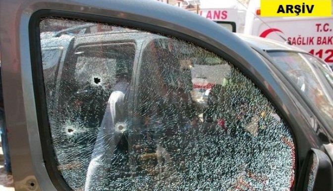 Afşin'de 2 otomobile silahlarla ateş açıldı: 1 yaralı!