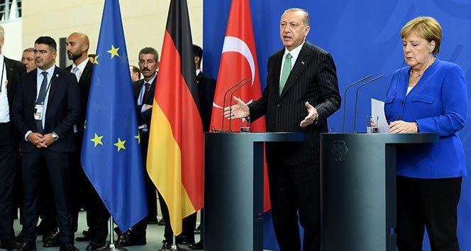 """Erdoğan: """"Vize serbestisi için 6 kriter kaldı'"""
