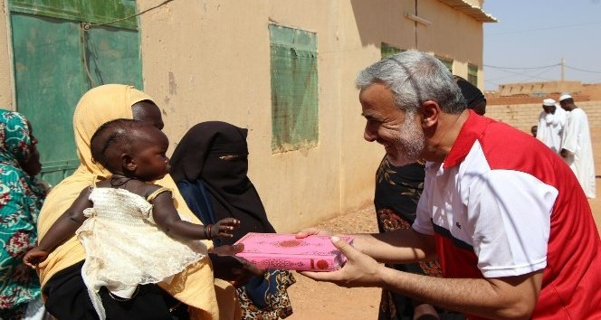 Kahramanmaraş'tan Sudan'a 20 bin Kur'an-ı Kerim