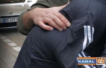 Irak uyruklu gençten sigara ve telefonunu istedi vermeyince... Tutuklandı!