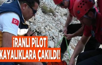 İranlı pilot kayalıklara çakıldı!