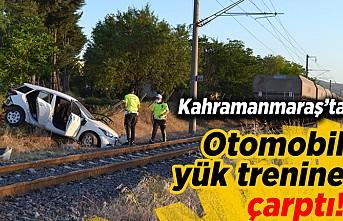 Kahramanmaraş'ta otomobil yük trenine çarptı! 2 kişi...