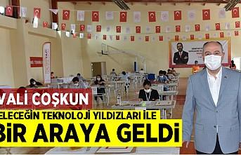 Kahramanmaraş'ta VALİ COŞKUN, GELECEĞİN TEKNOLOJİ YILDIZLARI İLE  BİR ARAYA GELDİ!