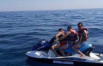 Jet ski ile kaçmak isteyen FETÖ şüphelileri Çeşme'de yakalandı