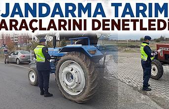 Jandarma tarım araçlarını denetledi