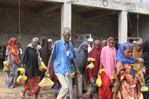 Kipaş çalışanlarından Somali'ye yardım..