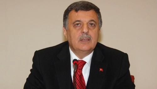Nevzat Pakdil: 2013 Nevruz'u bir milat olsun..
