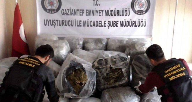 Gaziantep'te 1 ton uyuşturucu ele geçirildi!