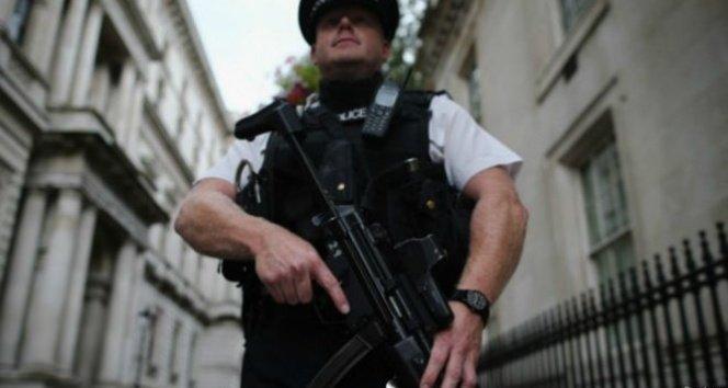 İngiliz İstihbaratı: İngiltere'de 23 bin potansiyel terörist var