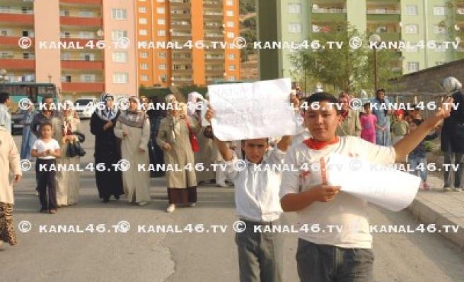 Doğukent'li kadınların okul isyanı!